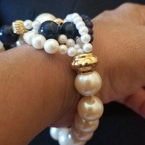 Jewelry - Navy Beads